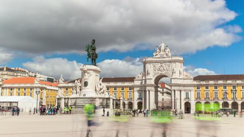4k timelaspe of commerce square - Parça do commercio in Lisbon - Portugal - UHD Footage