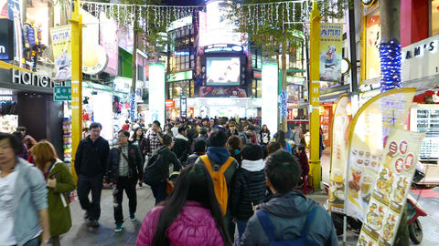 Extremly crowded night street, taiwanese ximen district, Taipei Footage