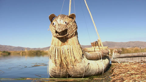Reed Boat, Uros island ビデオ